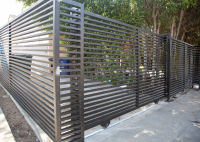 xtreme-iron-work-fence-front-yard-custom-gate_2