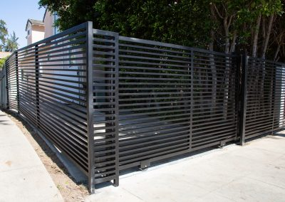 xtreme-iron-work-fence-front-yard-custom-gate_3
