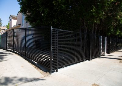 xtreme-iron-work-fence-front-yard-custom-gate_4
